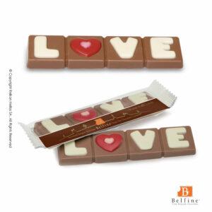 Belfine display με ατομικές μπάρες σοκολάτας απο σοκολάτα γάλακτος με λεκτικό LOVE. Ιδανικό για την γιορτή του Αγ.Βαλεντίνου.