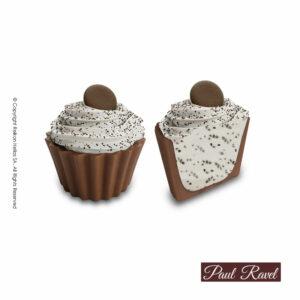Σοκολατάκια cupcakes με βάση απο σοκολάτα γάλακτος και γέμιση από απαλή λευκή κρέμα cookies με κομματάκια μπισκότου και τελείωμα απο drops σοκολάτα υγείας