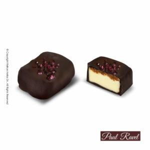 Πραλίνες σοκολάτας υγείας με γέμιση απο κρέμα cheesecake και επικάλυψη απο τραγανά κομμάτια μπισκότου