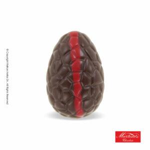 Martinez αυγουλάκι από σοκολάτα υγείας και γέμιση κρέμα βατόμουρο με σχέδιο κόκκινη ρίγα. Ιδανικό για Πάσχα.