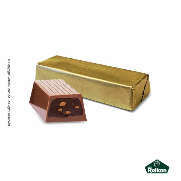 Σοκολατένια μακρόστενα κεράσματα γάλακτος με γέμιση κρέμας σοκολάτας με κομμάτια μπισκότου