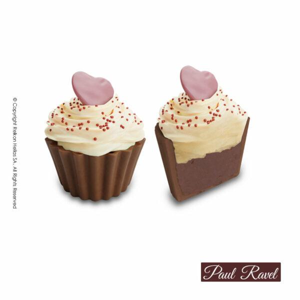 Σοκολατάκια cupcakes με βάση από σοκολάτα γάλακτος, γέμιση πραλίνα φουντουκιού, επικάλυψη από κρέμα λευκής σοκολάτας και διακόσμηση σοκολατένιας καρδίας. Σοκολάτα και γεμίσεις με Βελγική σοκολάτα Barry Callebaut. Ιδανικό για τον Αγ. Βαλεντίνο.