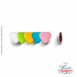 Σοκολάτα υγείας και λεπτή επίστρωση ζάχαρης σε σχήμα mini καρδιάς σε διάφορα χρώματα. Ιδανικά για βάπτιση, candy bar και event.