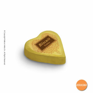 Κεράσματα τυλιχτά σε σχήμα καρδιάς, με σοκολάτα γάλακτος και γέμιση σοκολάτα μπισκότο.